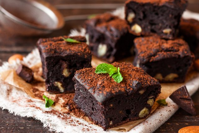 brownie-de-chocolate-640x427